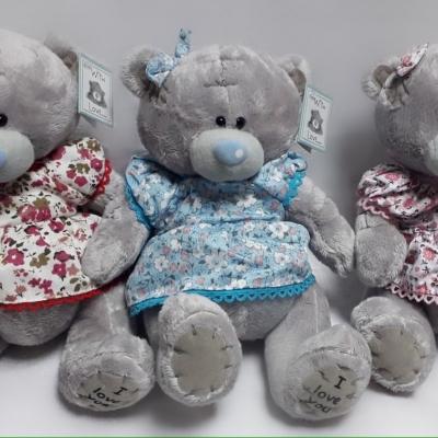 Ведмедик Тедді в платтячку