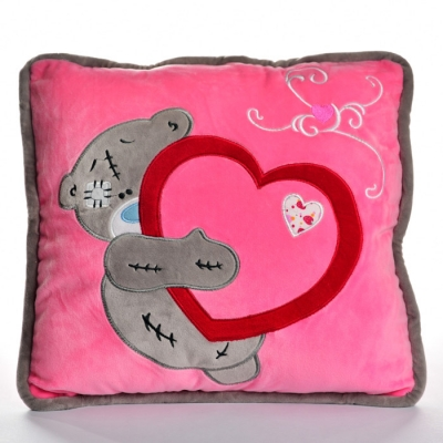Подушка с вышивкой Тедди