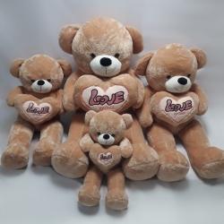 Ведмедик тримаючий серце